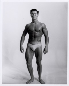A Younger Larry Scott with Narrow shoulders and a long neck